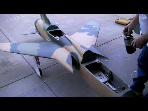 how to build a rc jet F-105 thunderchief # 530 taxi test #2