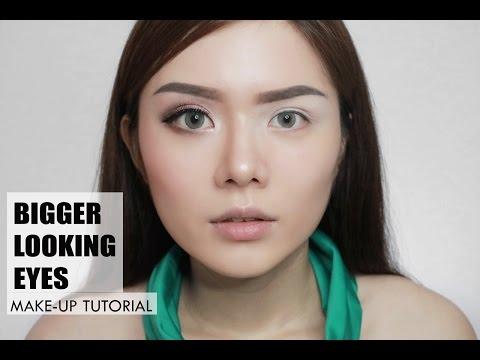Bigger looking eyes make-up tutorial (ENG SUB) | Christine Sindoko