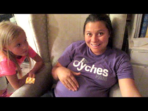 😵SHE'S HAVING CONTRACTIONS👶! CONTRACTIONS DURING PREGNANCY | DYCHES FAM