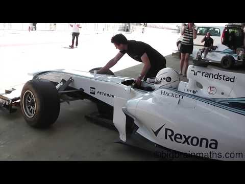 Maths Teacher Drives Williams FW33 F1 Car - Full video