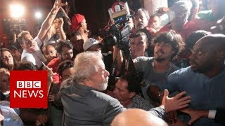 Lula: Former Brazilian president surrenders to police - BBC News