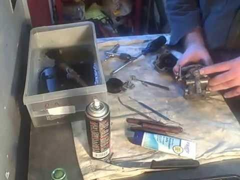 Old salty Jonny 30,  carb clean, starter wire up (part-1)