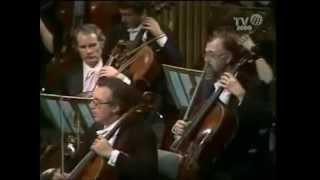 Berlioz Symphonie Fantastique   5th Mvt    Leonard Bernstein
