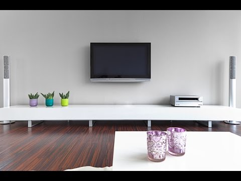How to Wall Mount your TV - Universal Home Theatre