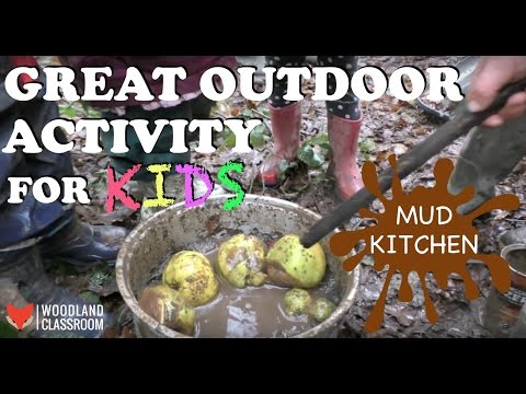 Great Outdoor Activity for Kids: Mud Kitchen