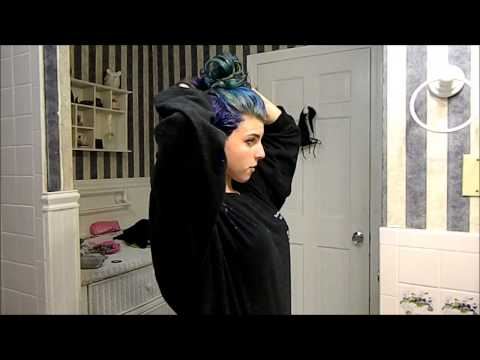 Dying my hair Manic Panic 'After Midnight