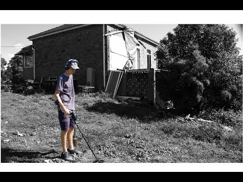 Saving History at the Old Stone House! Metal Detecting Australia!