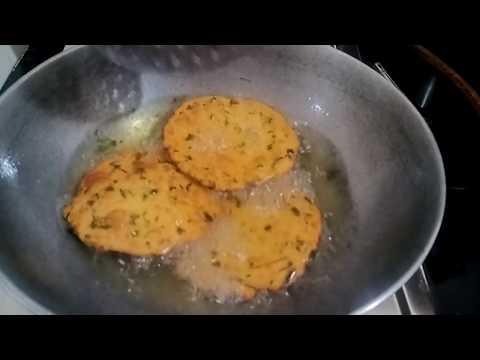 आलू और मैथी की चटपटी पुरिया।।Aalu Methi Puri Recipe In Hindi।।बिल्कुल नए तरीके की पुरिया