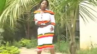 Vuusya Ungu - Safari Ya Nsooma (Official Video)