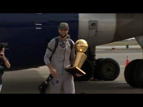 Warriors return to Oakland as NBA Champions