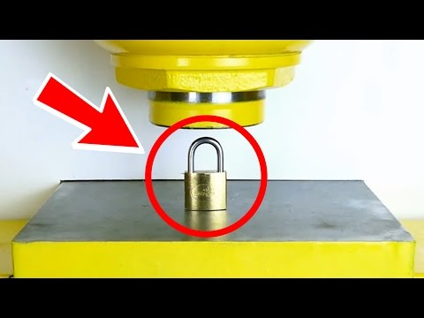 HOW TO OPEN A PADLOCK !! - Experiment at Home