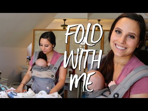 FOLD LAUNDRY WITH ME | LAUNDRO CHAT 2018