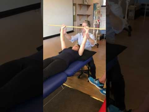 How to mobilse / exercise a frozen shoulder, rotator cuff and impingement syndromes.