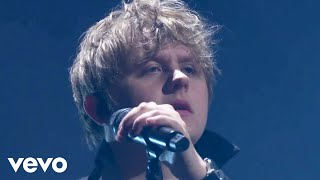 Lewis Capaldi - Bruises (Live From The Late Late Show with James Corden / 2019)