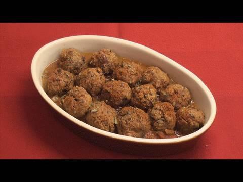 Basic Low-Fat Meatballs in Tomato Sauce Recipe