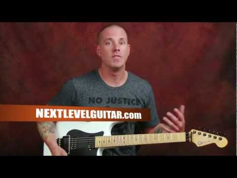 Learn electric Blues guitar soloing lesson on lead playing dynamics phrasing string bending