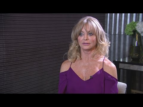 Goldie Hawn Donald Trump And Hillary Clinton Are Acting Like Children