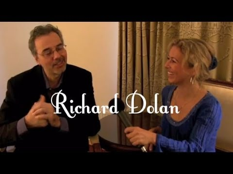 Richard Dolen about the ufo phenomenon- with stereo sound