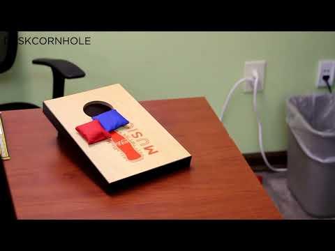DESKCORNHOLE - Desk Cornhole Bean Bag Toss Game