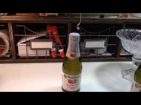 DOLLAR TREE HOLIDAY DIY  PROJECT 2014 ~ SPARKLING CIDER PARTY FAVOR