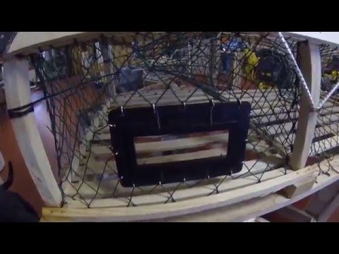 BUILDING ROUND LOBSTER TRAPS!!