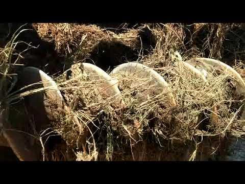 Broken manure spreader