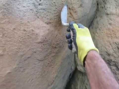 How to make artificial rock with a trowel after the texture coats been sprrayed on the shotcrete