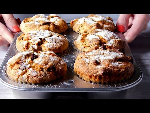 Banana Muffins with Chocolate Chips and Walnuts - Cooking Sounds