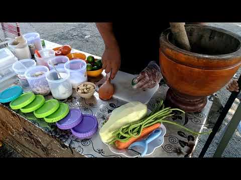 Tutorial how to make somtam(thailand food) sweet2 sour and spicy..