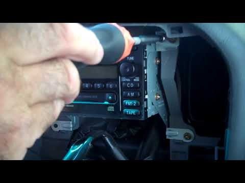 Toyota Land Cruiser and Lexus LX470 Radio Removal