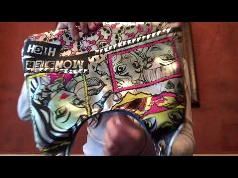 Monster High Color and Style Metallic Purse Review and Demo