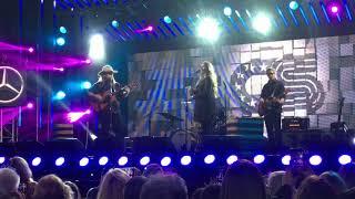 "Chris Stapleton ""Broken Halos"" Best Live Performance"