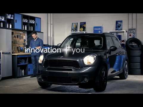 How to replace headlight bulbs on your Mini Cooper Countryman - Philips automotive lighting