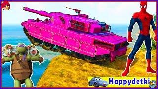 Человек паук катается на цветных машинка и танках, мультики