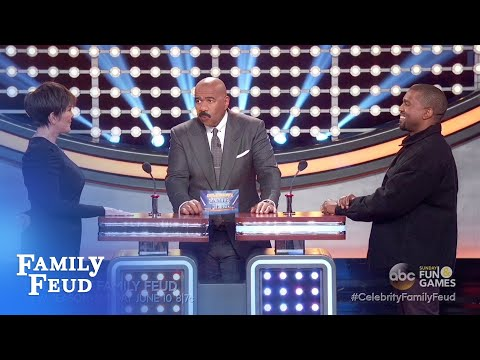 Kanye and Kris face-off! | Celebrity Family Feud