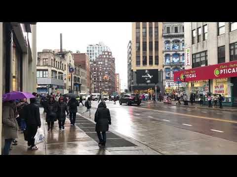 raining in Downtown Brooklyn, New York (2-16-18)