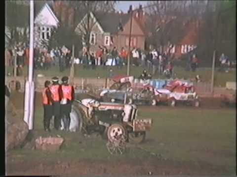 1982 Long Eaton Brisca F1 Stockcars  Xmas Race 1.