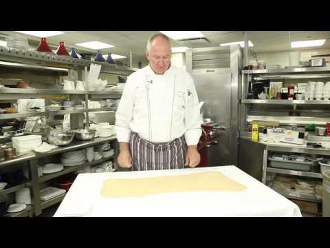 Homemade Strudel Dough Stretch : Food Variety