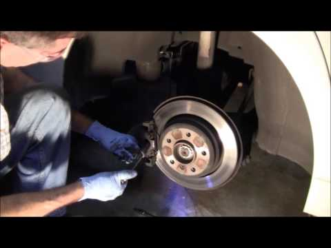 Front and Rear Brake Pad Replacement 1997 BMW 528i E39  5 Series Similar to 3 Series