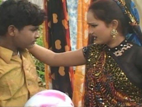 Xxx Mp4 Bhoji Chhota Sa Saman Kese छोटा सा सामान कैसे बड़ा Khushboo Raj Bhojpuri Hot Songs 3gp Sex
