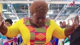 Wimbo wa Niguse wawaliza wengi kanisani washindwa kujizuia