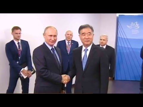 Russian President meets China's Vice Premier Wang Yang in Vladivostok