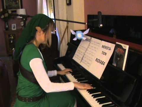 The legend of Zelda - Overworld theme (piano) - Link cosplay || Tifita