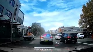 Driver overtakes unmarked police car in left turn only lane - Newcastle NSW