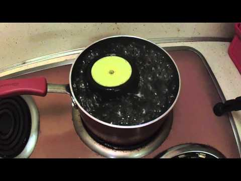 HOW TO - Unglue RC Rubber Tires - BOILING WATER METHOD (save money by re-using old wheels)