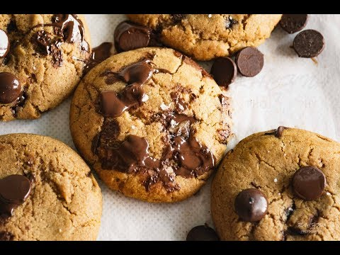 Eggless chocolate chip cookies | How to make eggless chocolate chips cookies at home