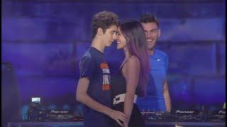 """FAVIJ & GIULIA PENNA - """"MOMENTO SHOCK"""" SUL PALCO IN LIVE!"""
