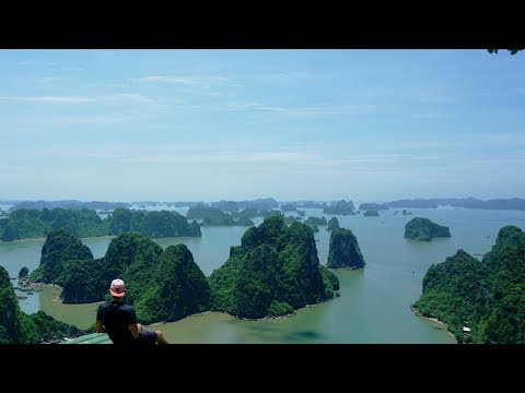 How to find the most beautiful view of Halong Bay ? 😍Vietnam 🇻🇳Vlog - Julien Explore 🌏✈️