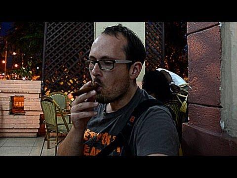 Cuba VLOG 6: Cigars & Cocktails at local Cuban bar