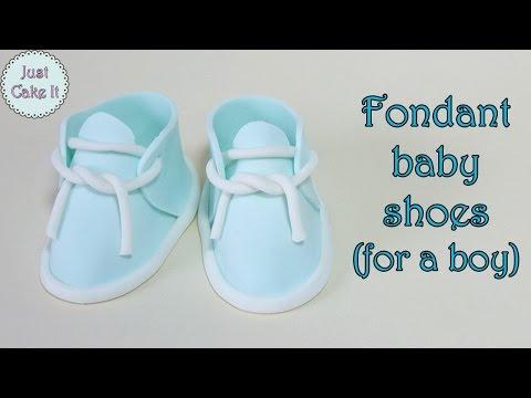 Fondant baby shoes for a boy / Buciki z masy cukrowej dla chłopca